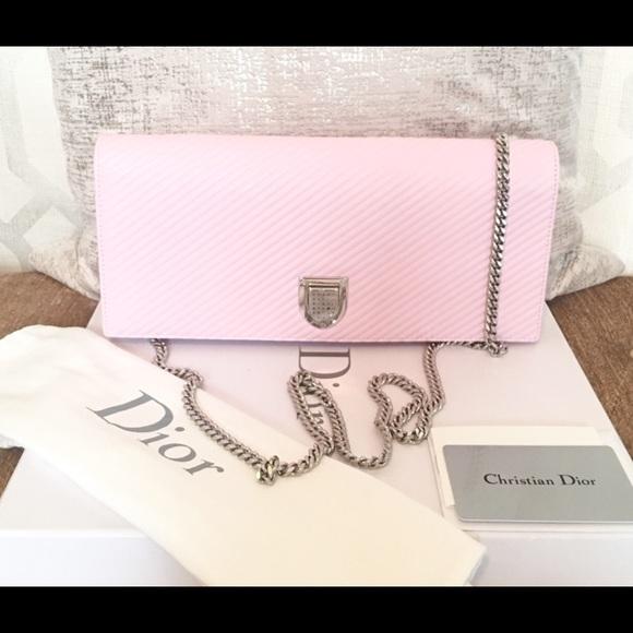 46de862d0156 Dior Handbags - Christian Dior Diorama Chain Chevron Clutch